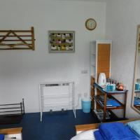 A Room On A Feu