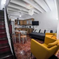 """LOC Hospitality """"Venetian Well Square"""" family maisonette"""
