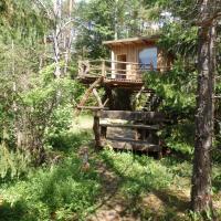 Karu Treehouse
