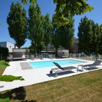 Kyriad Dijon Est Mirande, hotel near Dijon Bourgogne Airport - DIJ, Dijon