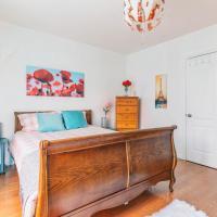 East York Luxury Suite