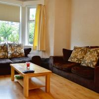 2 Bedroom Apartment in Blackford