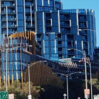 Ivanhoe Apartments