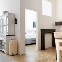 SC2 Big Family Apartment / Messe Business