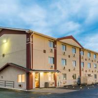 Super 8 by Wyndham Bloomington Normal, hotel near Central Illinois Regional Airport - BMI, Bloomington