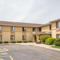 Super 8 by Wyndham Germantown/Milwaukee