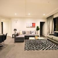 Heart of CBD Penthouse Apartment