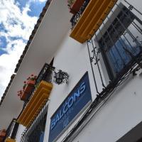 Les Balcons Hostel