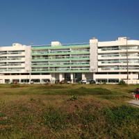 Apartamento 3 Quartos em Frente à Praia do Forte