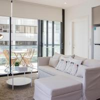 Cozy apartment with harbour bridge view in Bondi