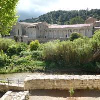 Maison de caractère face à l abbaye de lagrasse