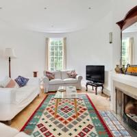 Splendid 2 bed, 2 bath apt sleeps 6 in Hampstead