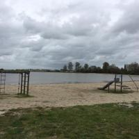 Beach Chalet 207
