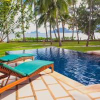 Amatapura Beachfront Villa 12