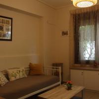 Liza's ground floor apartment
