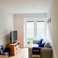 2 Bedroom Apartment in Edinburgh with Private Garden