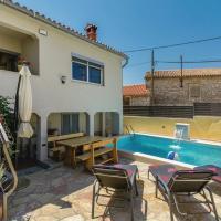 Villa Kris with Pool in Mrgani
