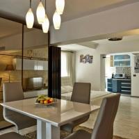 Eric Apartment 100