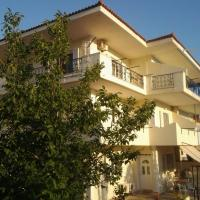 Darya Apartments