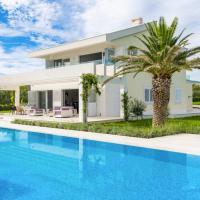 Divulje Villa Sleeps 8 Pool Air Con WiFi