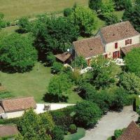 Nadaillac-de-Rouge Villa Sleeps 8 Pool Air Con WiFi