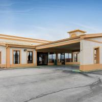 Quality Inn & Suites Bloomington University Area, hotel near Central Illinois Regional Airport - BMI, Bloomington