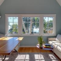 Alder Cottage @ Oceanside Lodge-5 Acres, Ocean Views, Pacific Bluff & Hot Tub