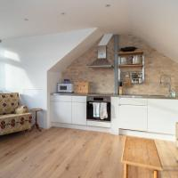Fantastic 2 bed by Queen's Park, for 6 guests!