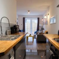 Contemporary Two bedroom two bathroom apartment