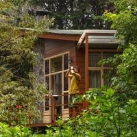 Los Pinos Lodge & Gardens