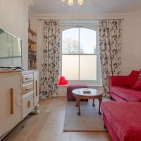 2 Bedroom Victorian Flat in the Heart of Islington