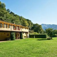Montebello Villa Sleeps 11 WiFi