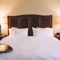 Hampton Inn & Suites Minot