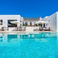 San Jose Villa Sleeps 12 Pool Air Con WiFi