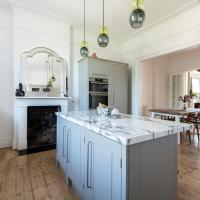 Westbourne Grove VIII by Onefinestay