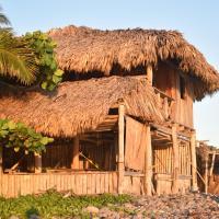 Pelicano Surf Lodge