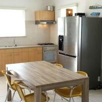 Comfortable apartment close to BlueBay and beaches