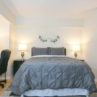 Stunning Capitol Hill Studio Steps from Union Station