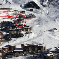 LES APPARTEMENTS DE L'ARMOISE, hotel v destinácii Les Menuires
