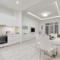 d.Five Király Street Superior Apartment with City View
