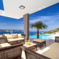 Hrvatini Villa Sleeps 8 Pool Air Con WiFi