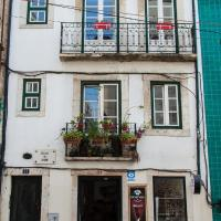 Dream Apartment Chiado and Free Pick Up by TimeCooler