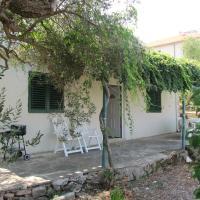 Olive Tree Apartment, Postira