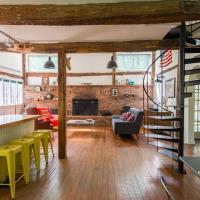 Peaceful Woodstock Retreat - Entire Restored Barn