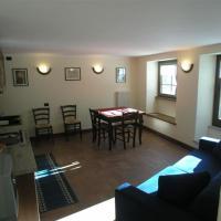 Appartamento in Frazione Suil 1