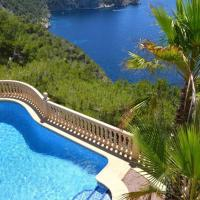 Benitachell Chalet Sleeps 6 Pool