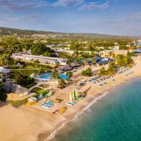 Jewel Runaway Bay Beach Resort & Waterpark