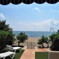 Apartamento con acceso directo a la playa