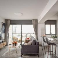 Deluxe 3 bedrooms flat in residential area