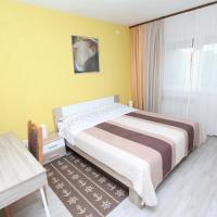 Apartments and Room Eva